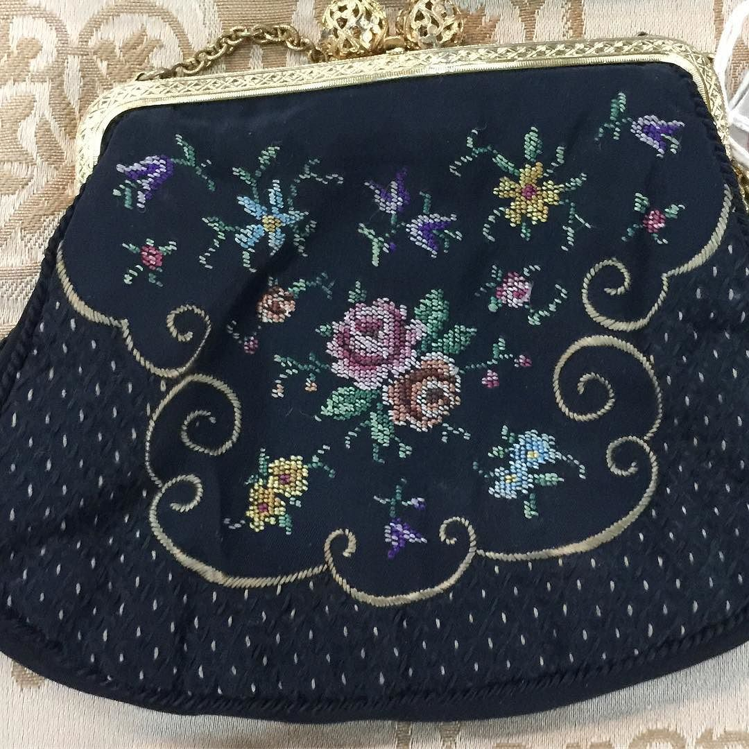 harika detayli petit point el cantasi 155 tl this little pretty hand bag is only 35 plus postage