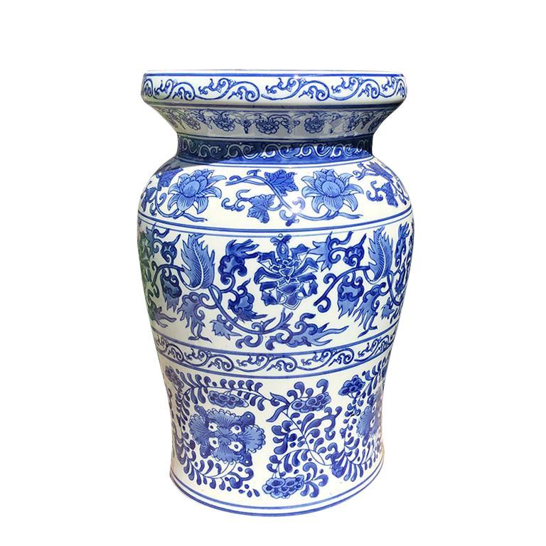 Prime 1930S Vintage Blue And White Chinoiserie Ceramic Floral Creativecarmelina Interior Chair Design Creativecarmelinacom