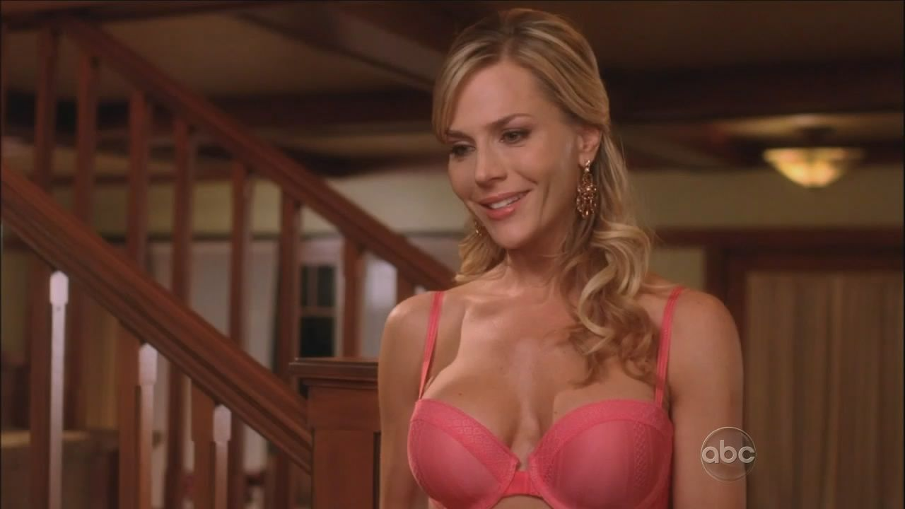 julie benz desperate housewives