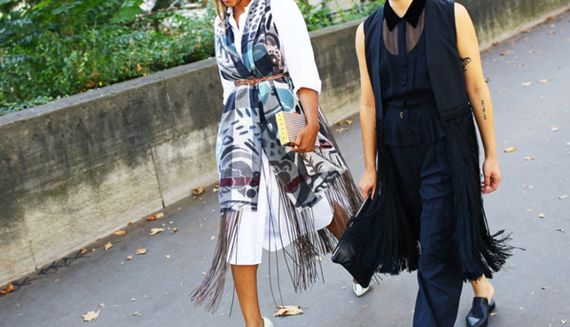 How to Wear a Belted Scarf | PureWow