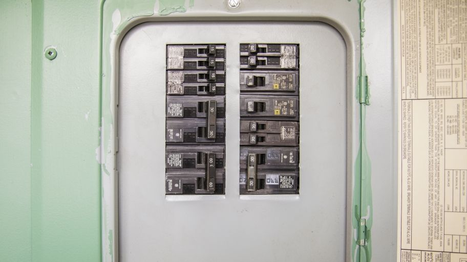 What Are the Signs of Home Electrical Problems? | Pinterest ...