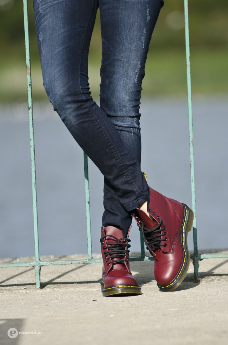 Dr. Martens 1460 CHERRY RED SMOOTH, Women's Fashion