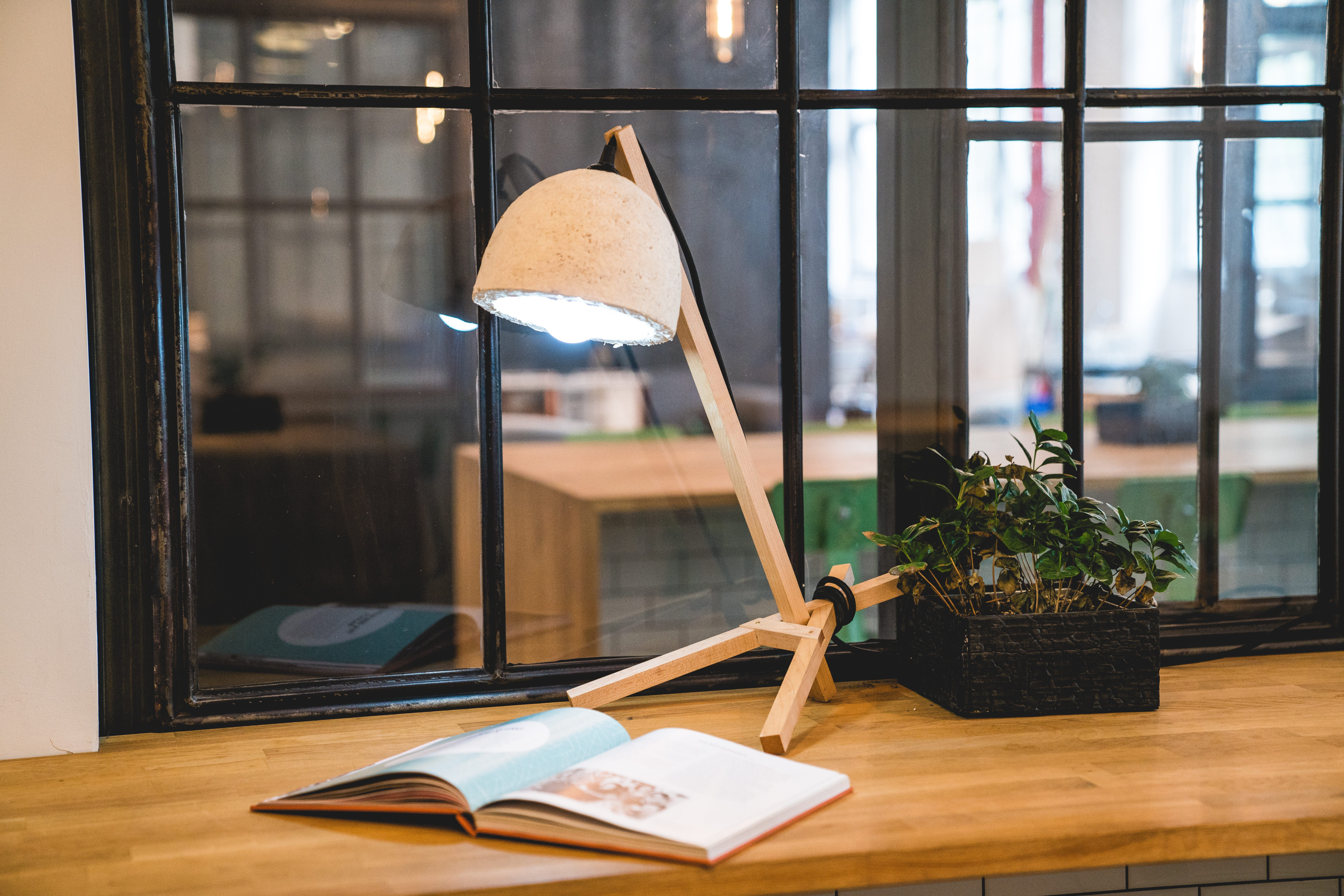 workspace lighting. #reading #lighting #desk #workspace #lamp #growityourself #kickstarter workspace lighting