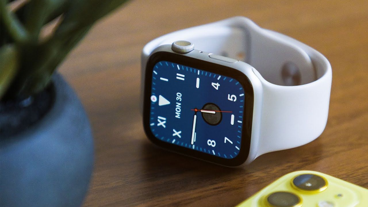 I M Not Keeping The Apple Watch Series 5 Youtube In 2020 Apple Watch Apple Apple Technology