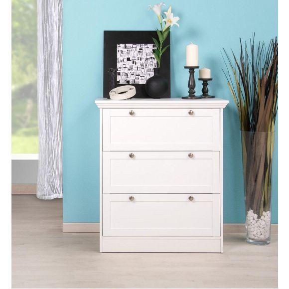 frisch und charmant kommt diese kommode daher egal ob blumen obst oder wohnaccessoires die. Black Bedroom Furniture Sets. Home Design Ideas