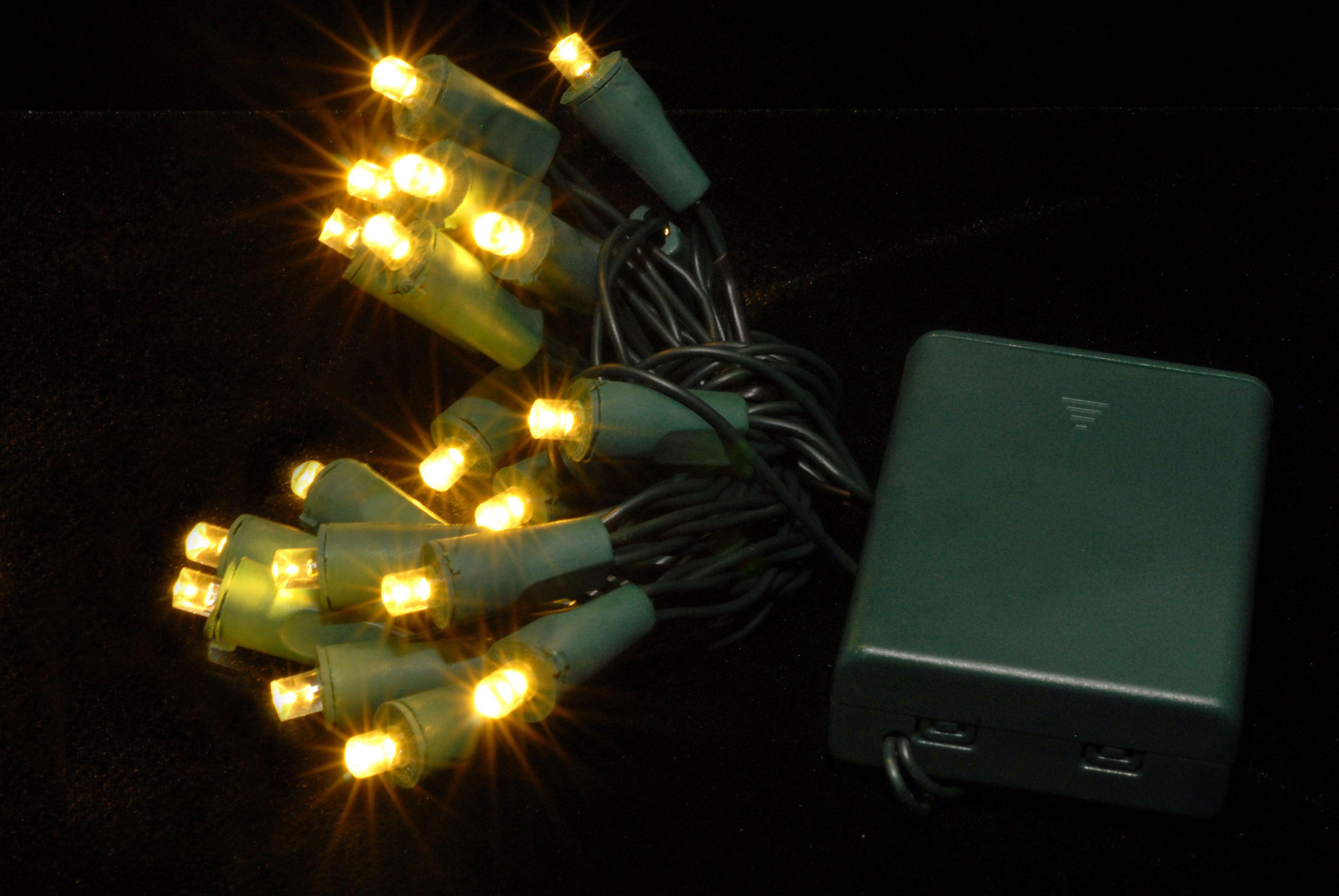 Portable Christmas Lights Bestwhiteledchristmaslightsreviews Whiteledchristmaslights Lamppedia Http