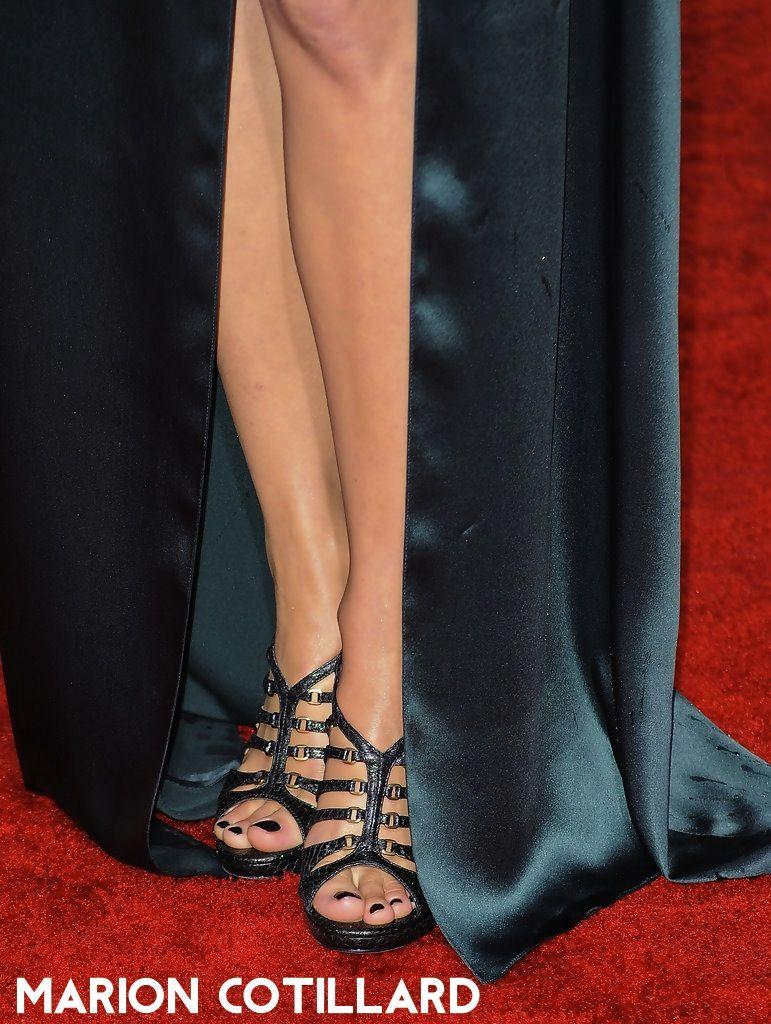 alyssa sutherland feet