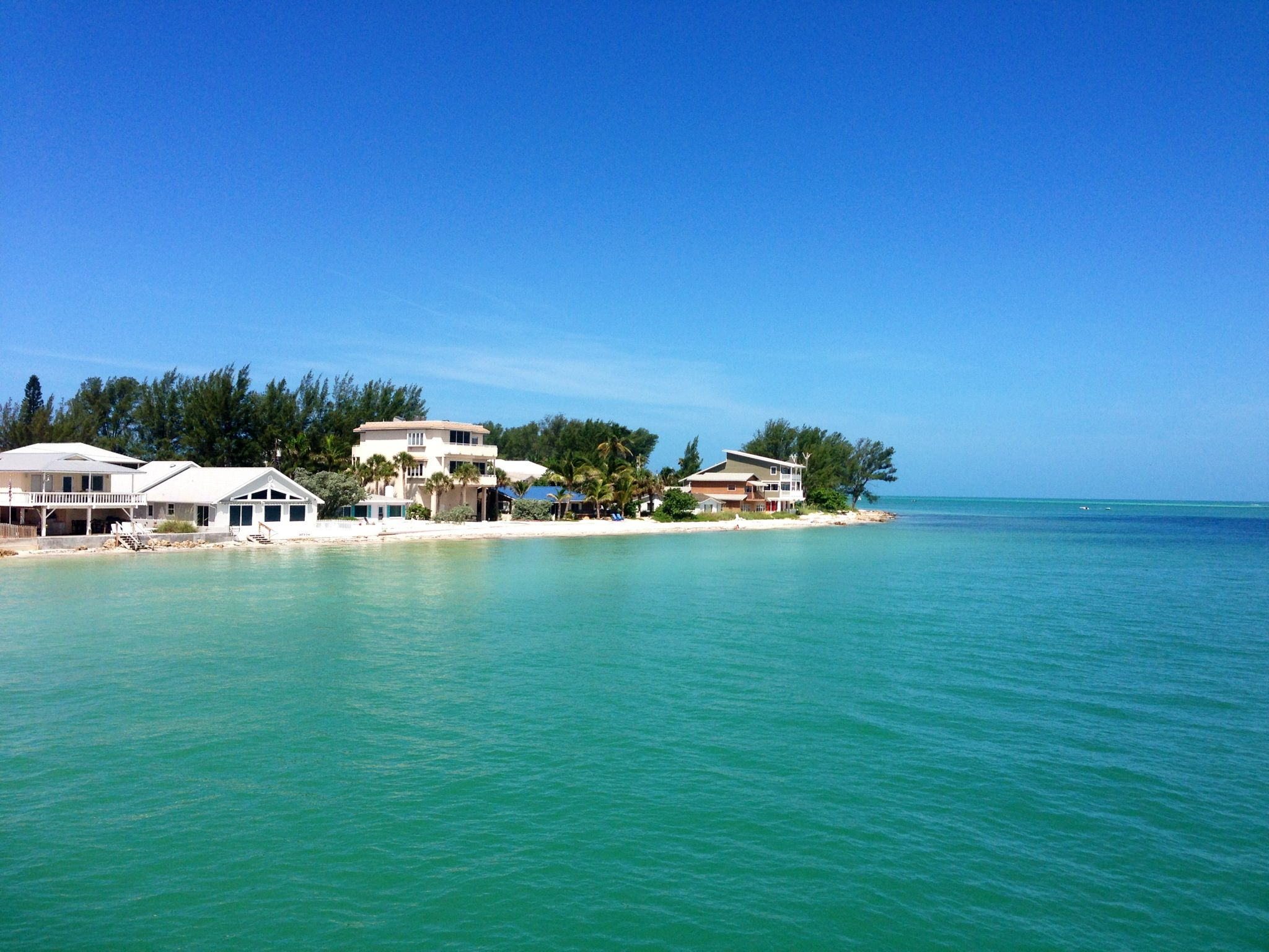 Anna Maria Island Florida From The Rod And Reel Pier It Looked Just Like This When We Were Ther Anna Maria Island Florida Summer Traditions Favorite Vacation