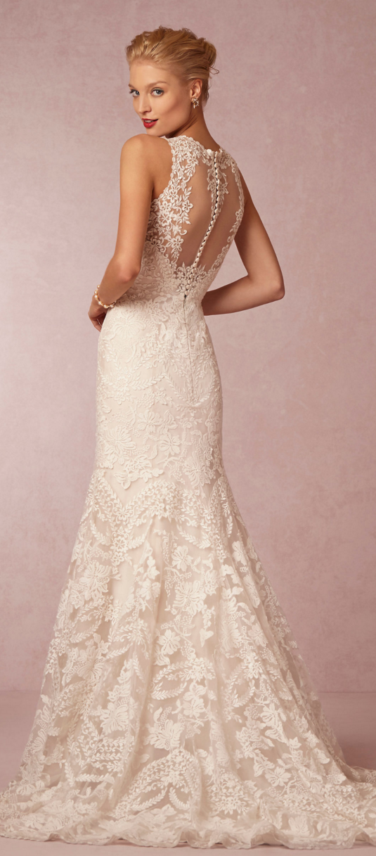 Absolutely gorgeous! #weddinggown