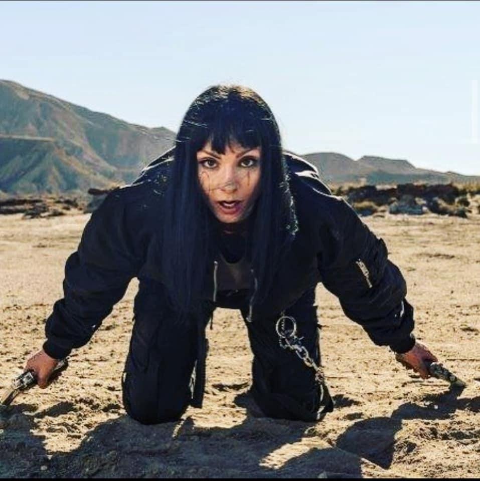 Pin By Menna Abdelrazek On Women Celebrity Film Tv Icon Netflix Series