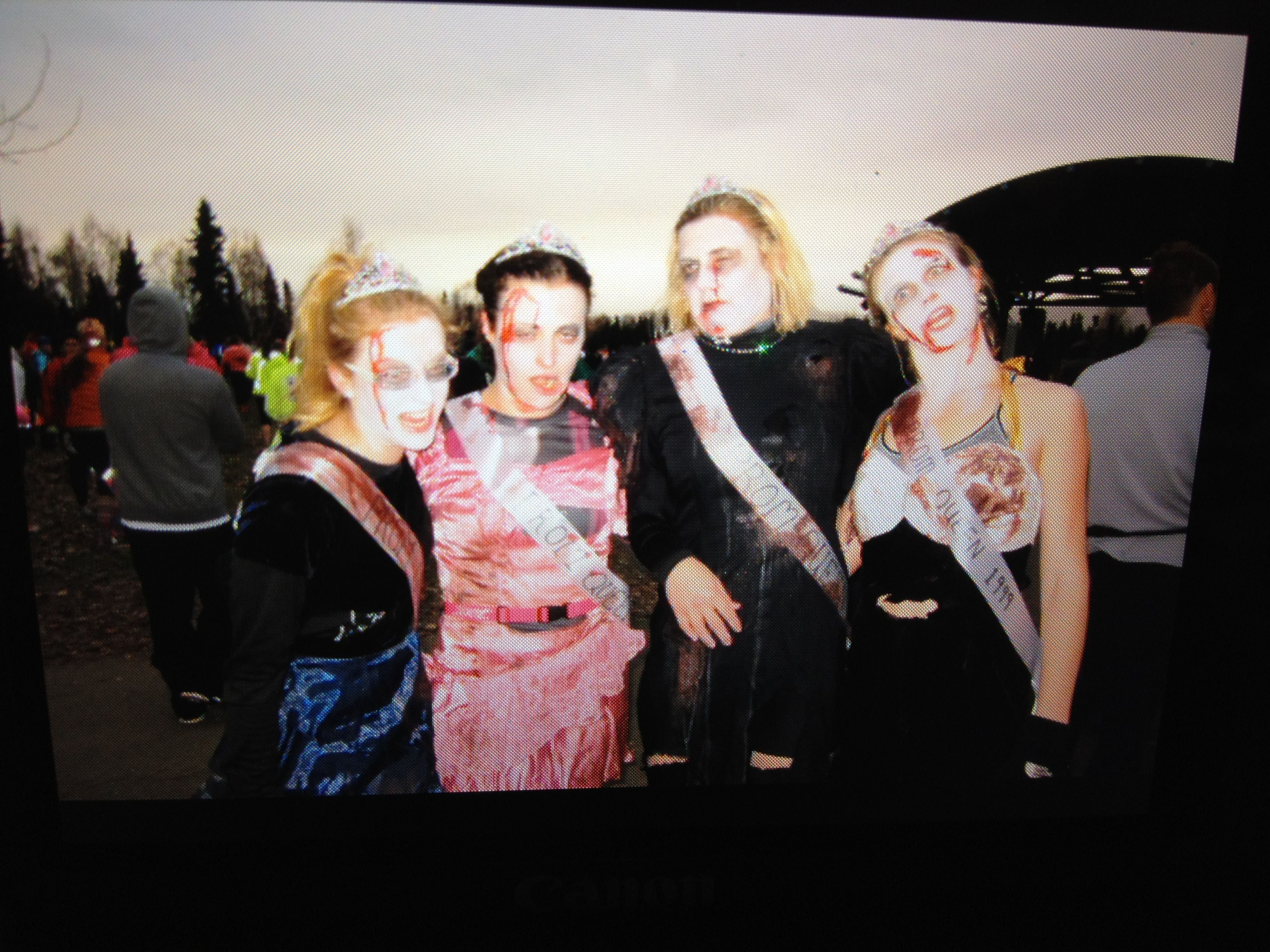 Zombie prom queens ready for the 1/2 marathon!