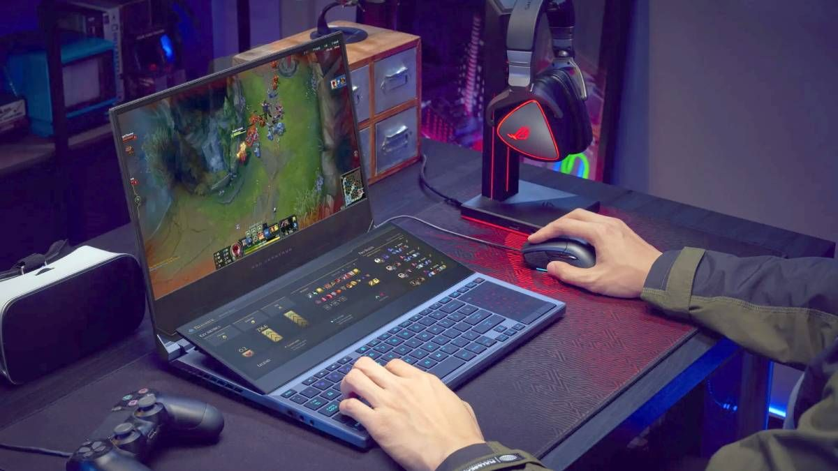 Asus Rog Zephyrus Duo 15 Dual Screen Gaming Laptop With 10th Gen Core I9 Nvidia Geforce Rtx Super Launched Technology News Ht In 2020 Asus Rog Gaming Laptops Nvidia