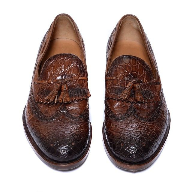 Just In: Men's Gucci Loafers! Sz 9 orig: $1,950 our price: $779! Text-The-Shop 415-254-1818.