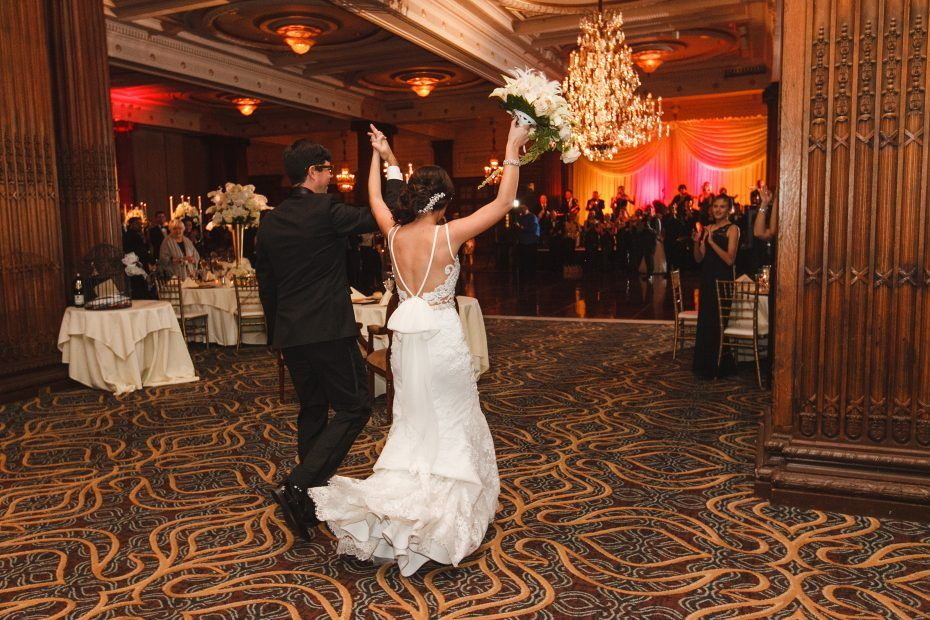 Crystal Tea Room Wedding In Philadelphia By Two17 Photo Cinema Wedding Tea Room Philadelphia Wedding
