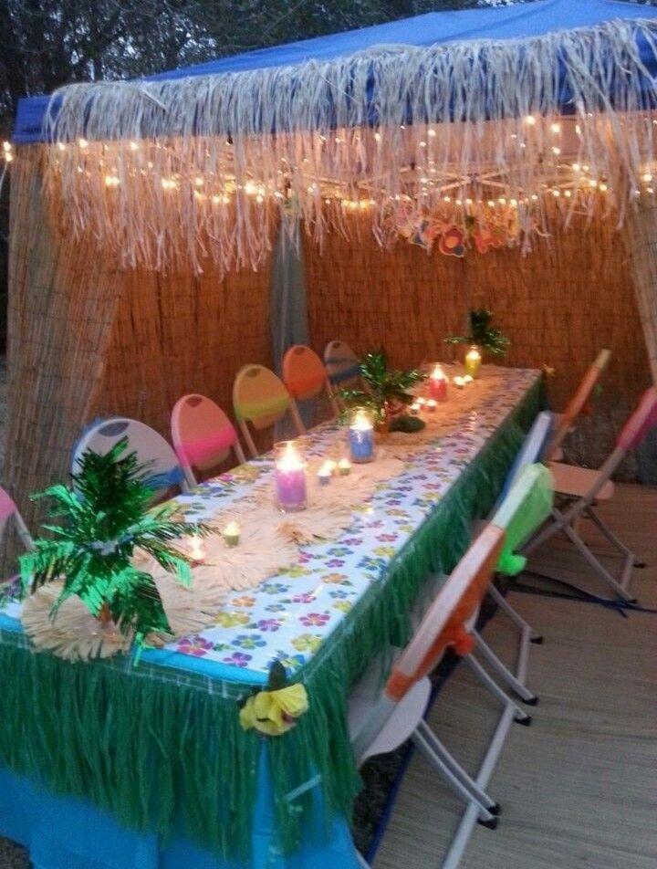 luau table decor