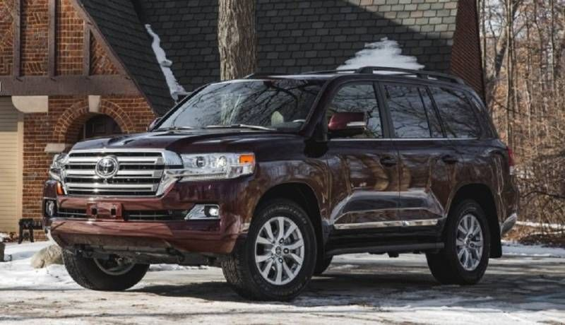 New 2017 Toyota Land Cruiser Model Is Going To Be Available By Early Takes A Step Further When Redesigning This