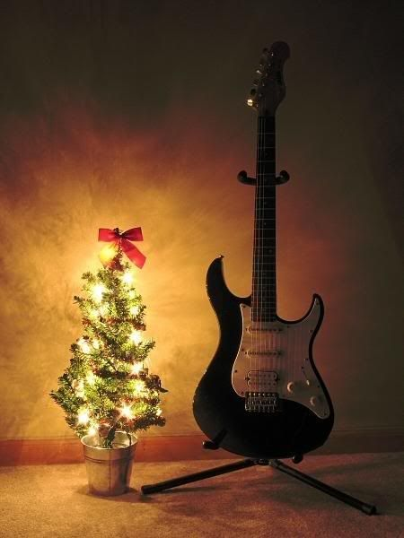 the 10 best gifts for a guitar player under 50