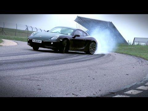 #Nuovo #video per la #Porsche #Cayman 2013 che mette in risalto il perfetto mix di potenza ed equilibrio ottenuto dagli #ingegneri della casa automobilistica tedesca. La nuova Cayman, in vendita in #Italia a partire da 53.075 euro (mentre per la variante S si parte da 66.310 euro), presenta un #motore #posteriore capace di erogare una #potenza massima di 275 cavalli e 290 Nm. Il potente #propulsore...  Leggi l'articolo intero https://www.facebook.com/ilsalonedellauto/posts/561554293894507