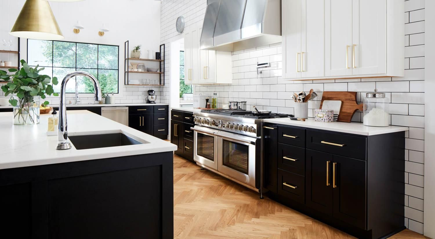 This Is The Absolute Dream Kitchen The Black And White Cabinets Gold Accents Massive Gas Burning Ra Kitchen Design Traditional Kitchen Remodel Home Kitchens