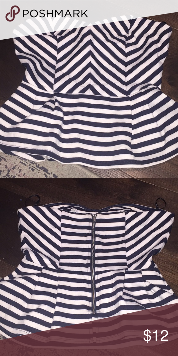 Forever 21 bustier striped peplum camisole top Stripped navy and white  peplum bustier top with zipper 583ed0f66