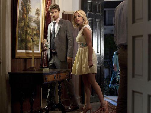 Toby Keegan Allen And Hanna Ashley Benson Look A Tad Suspicious Here W Pretty Little Liars Seasons Pretty Little Liars Episodes Watch Pretty Little Liars