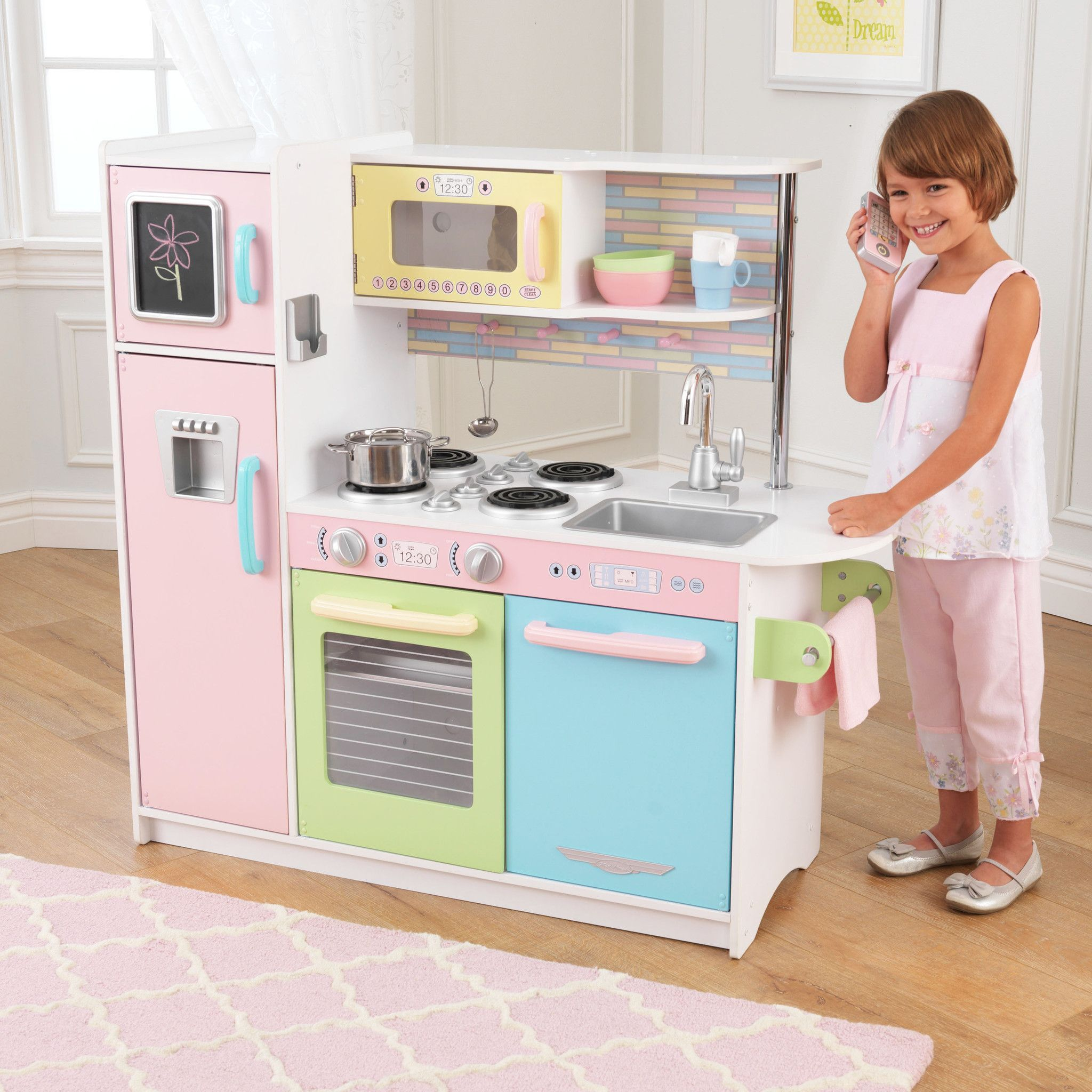 Kidkraft Minnie Mouse Küche Time To Cook Up A Little Fun Our Uptown Pastel Kitchen Has A Hip