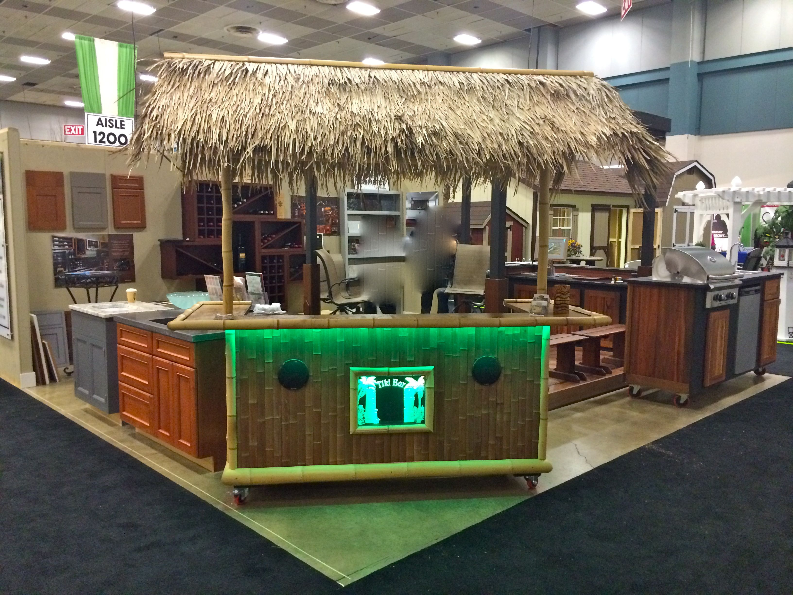 Custom Outdoor Structures Indoor Outdoor Tiki Bar
