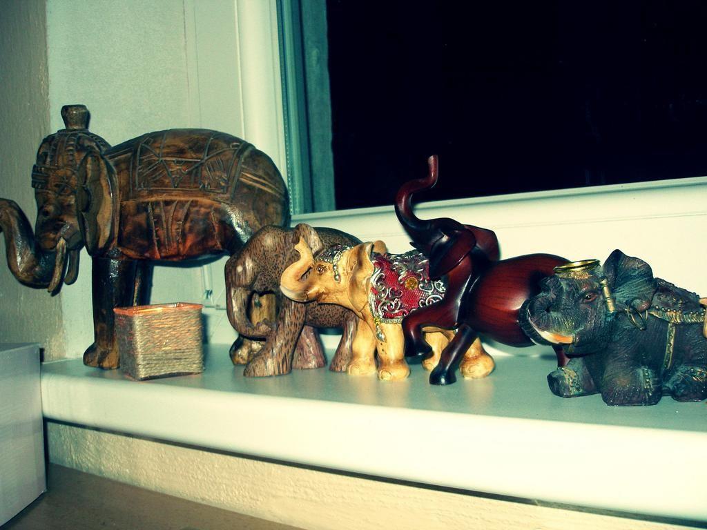 loving my elephants :)
