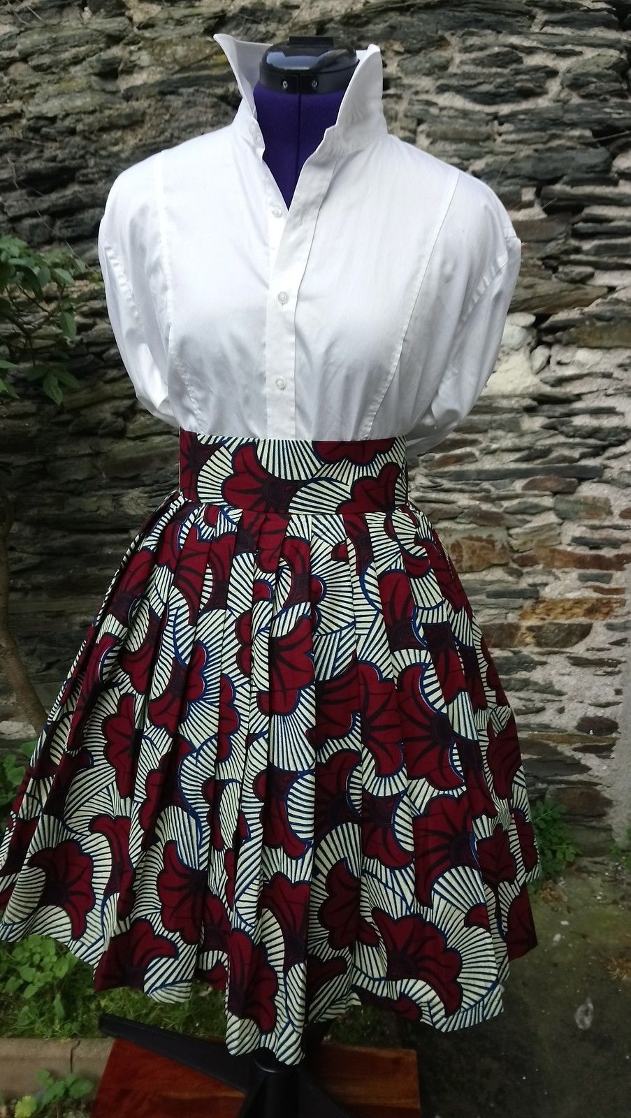 Wedding flowers. Vintage skirt fully lined. – Mid-length skirts pleated skirts, burgundy, tall, casual, ankara/wax, for her, cotton, the beautiful days