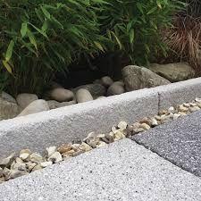 Resultado de imagen para piedras para jardin