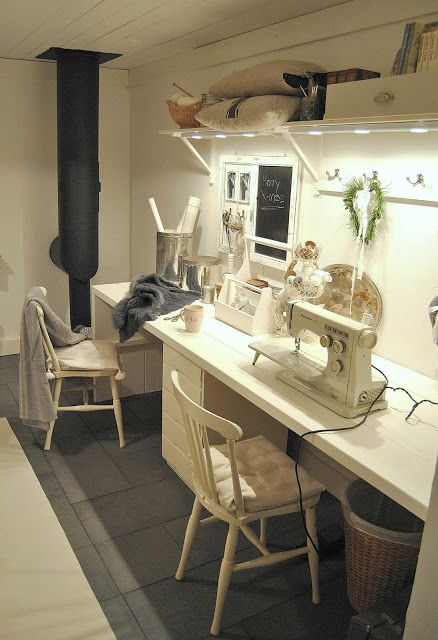 Narrow Sewing Table