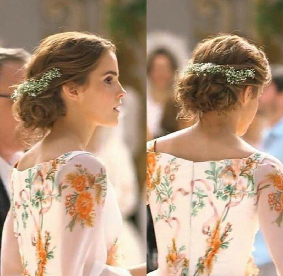 Belle Wearing A Gorgeous Celebration Dress Emma Watson Hair Belle Hairstyle Emma Watson Beauty And The Beast