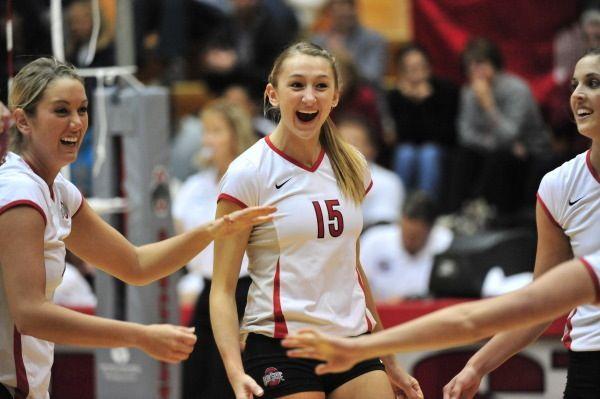 Amanda Peterson 15 Female Volleyball Players Women Volleyball Volleyball Players