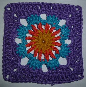 Blue Lotus Flower Crochet Square...free pattern!