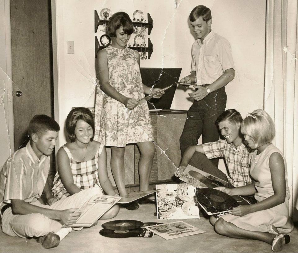 Vintage lbj hippie girls homosexual femdom - 1 part 8