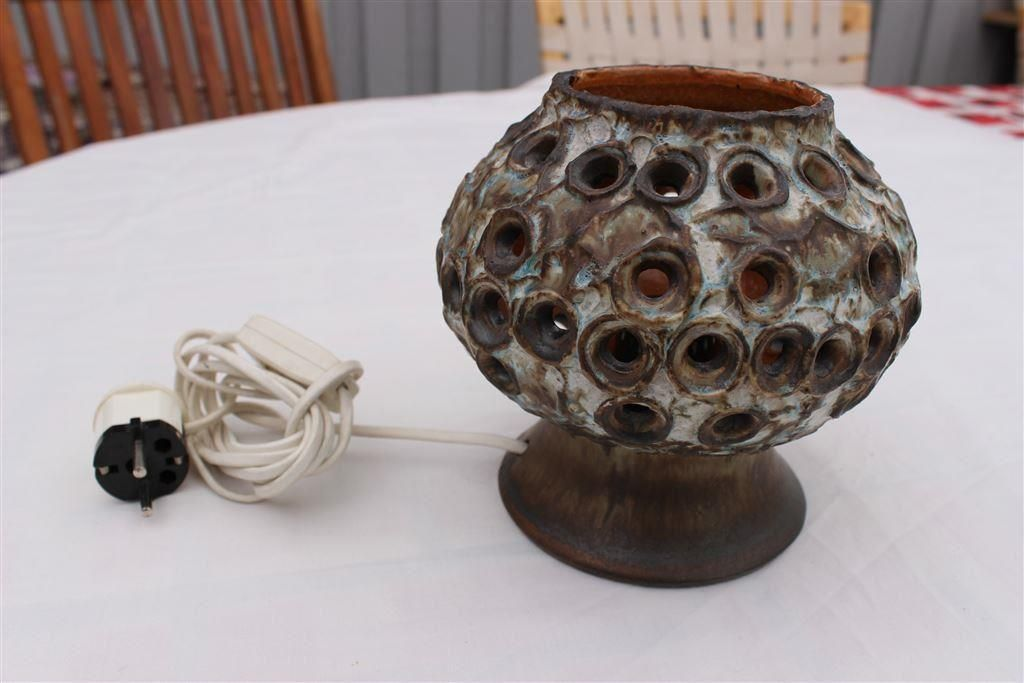 Annons på Tradera: Bordslampa i keramik EGO Stengods Atelje