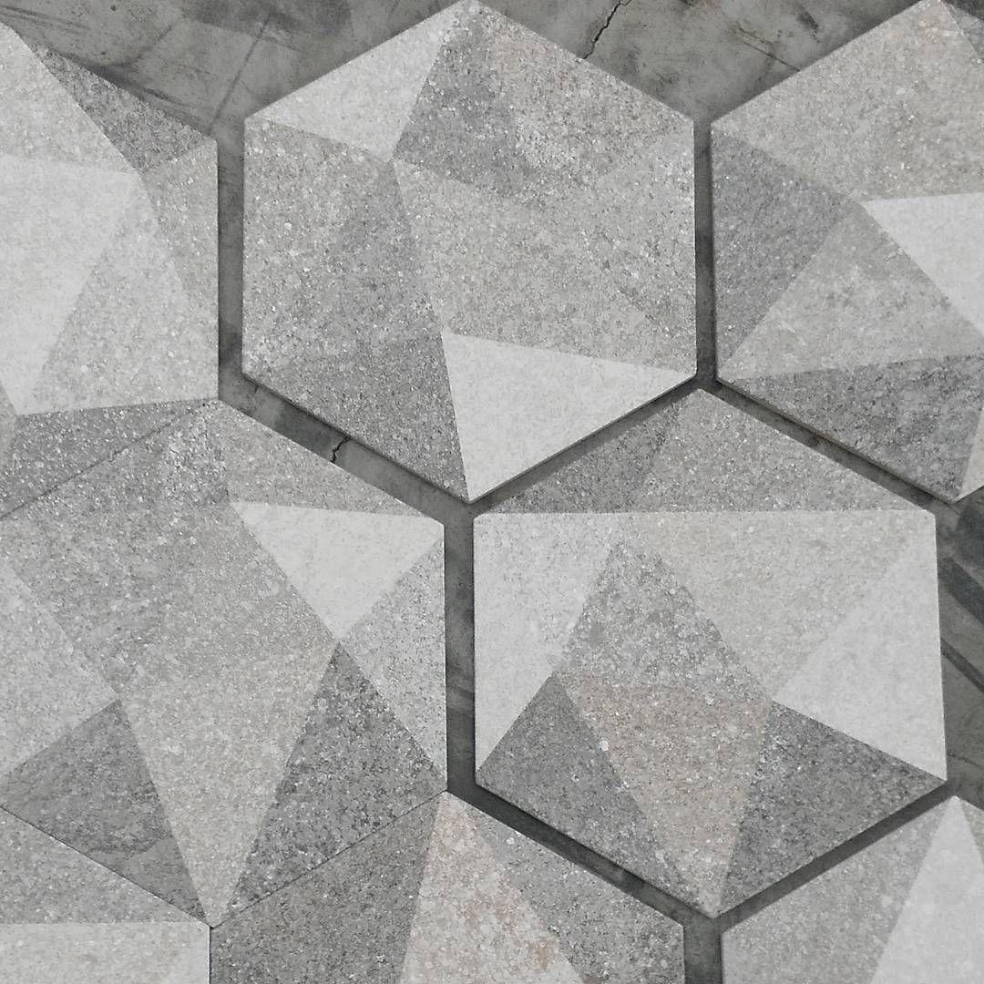 Luton Hexagonal Tile Vives Vivesceramica Ceramics Tiles