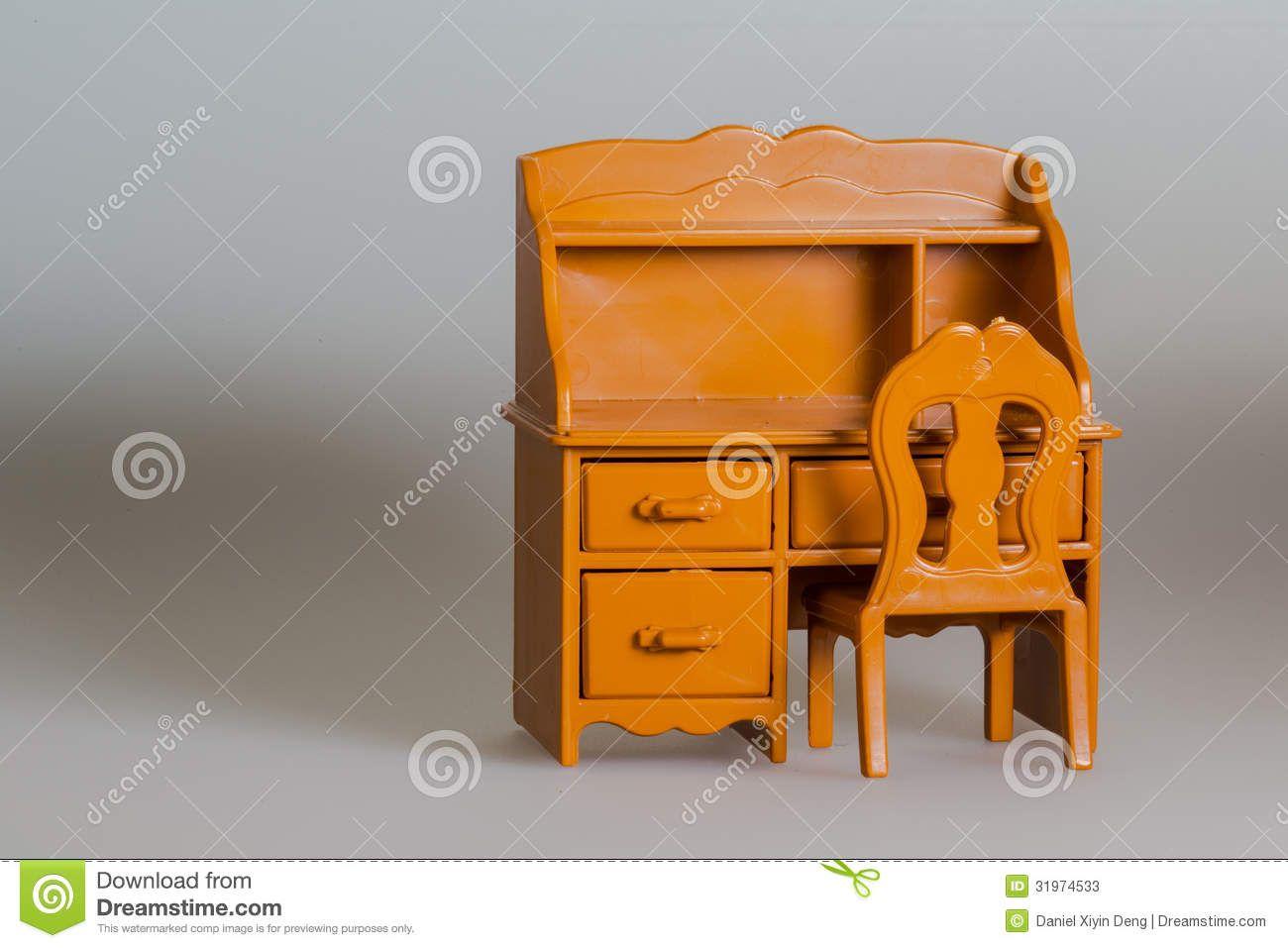 Leading Ten Amazing Wood Desk Chair - http://www.stylesous.com/leading-ten-amazing-wood-desk-chair.html