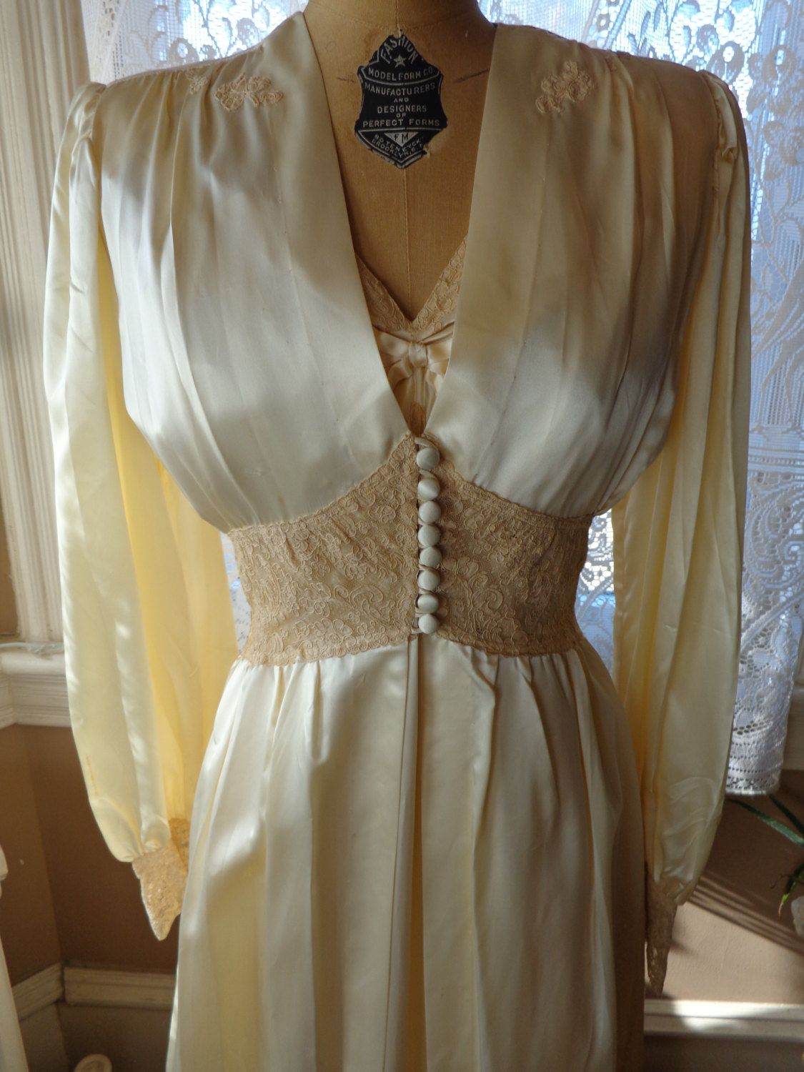 Vintage 1940 s Peignoir Set Nightgown Robe Hollywood Glamour ... 319995255