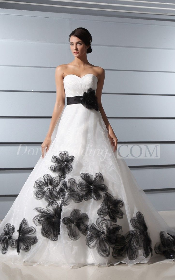 11960 Ruching Sweetheart A Line Balck And White Wedding Dress With