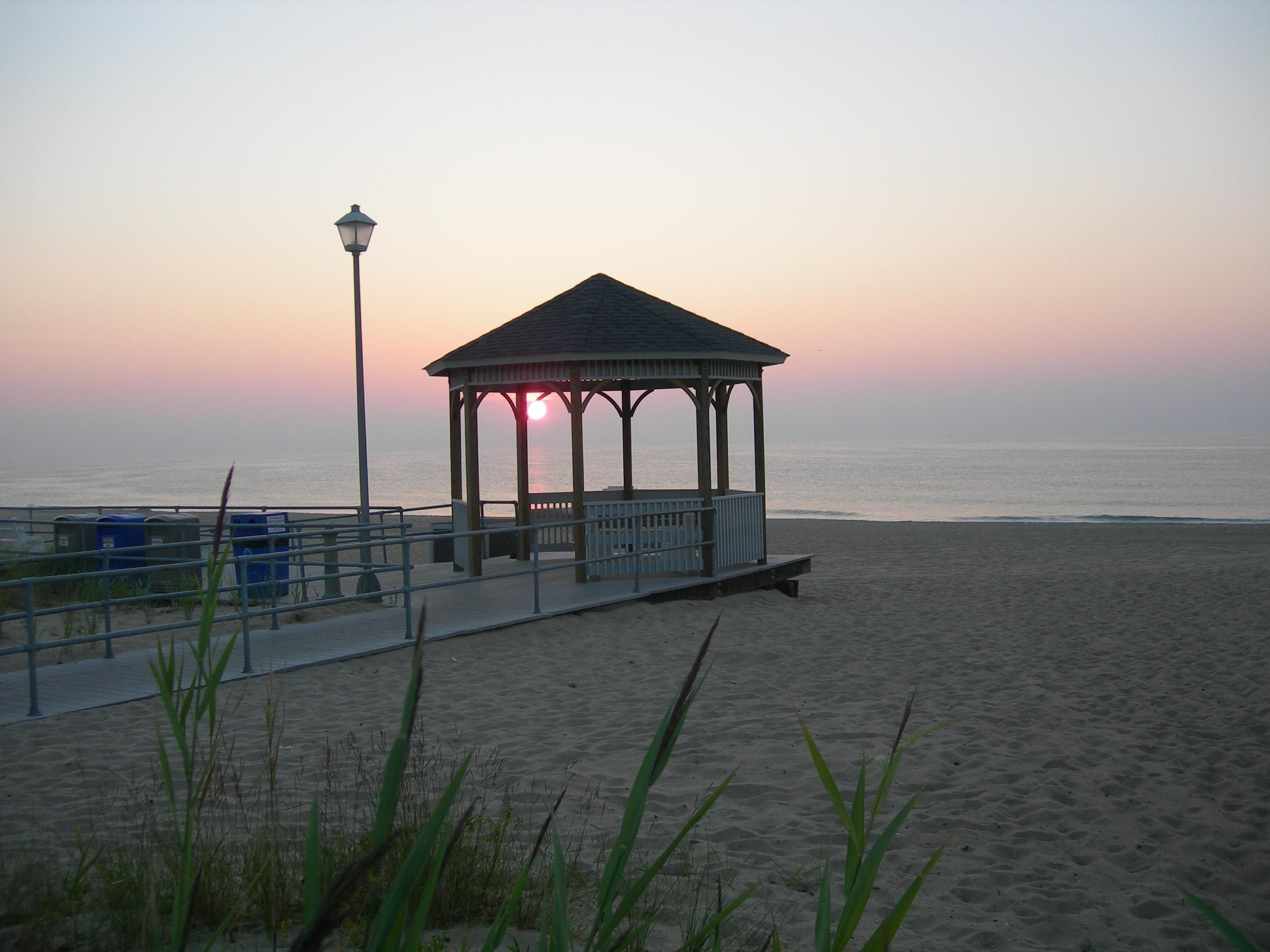 sea girt Find your next sea girt home with century 21 real estate our mobile app and website are complete with the latest mls listings of homes for sale - from new homes for sale, townhouses for sale, and condos for sale to land for sale and foreclosed homes for sale search for a home that meets your unique needs by narrowing results down by price, size, location, and more.