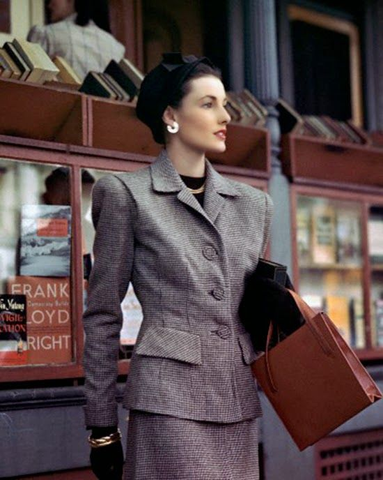 1945 Mid 40s Tan Brown Tweed Suit Women S Vintage Fashion Style