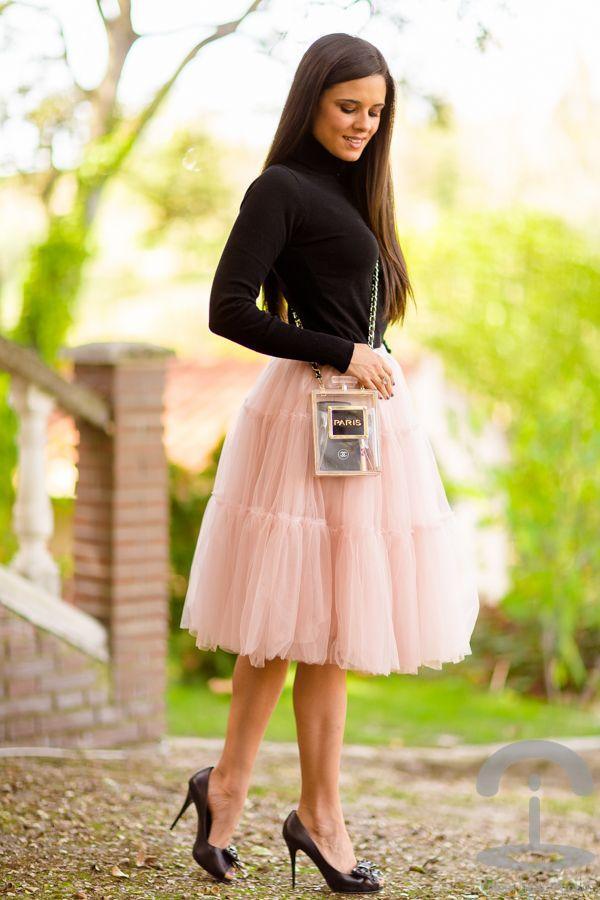 44f36cfdb Falda de tul & bolso perfume | Fashion inspiration | Faldas, Faldas ...