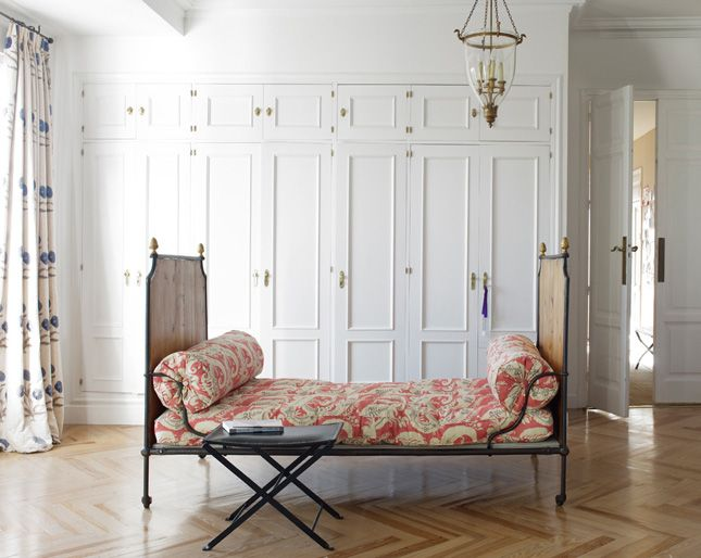 small space solution: the daybed | McGrath II Blog-the daybed and ...