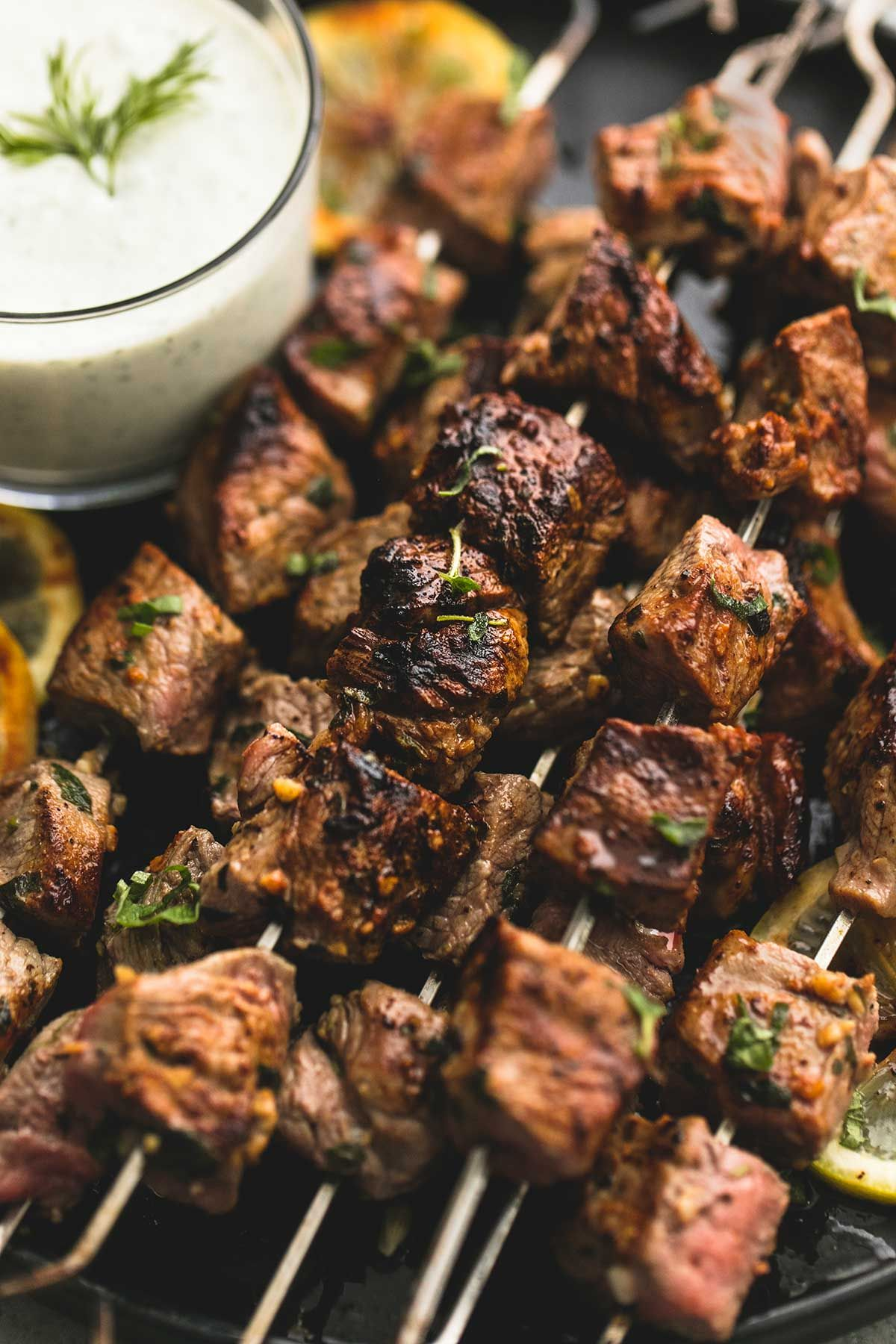 Beef Souvlaki Kebabs with Tzatziki Sauce | Creme De La Crumb