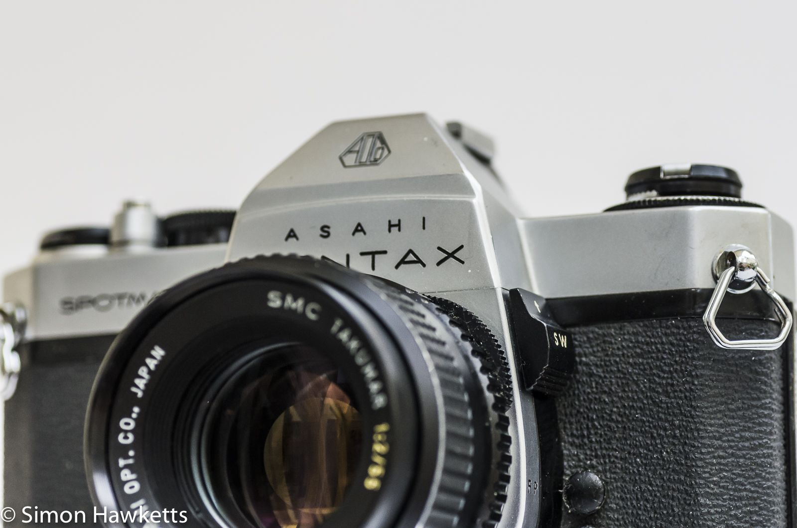this is a review of the pentax spotmatic spii 35mm manual focus slr rh pinterest ca Point a Camera On Manual Focus Minimalist Camera