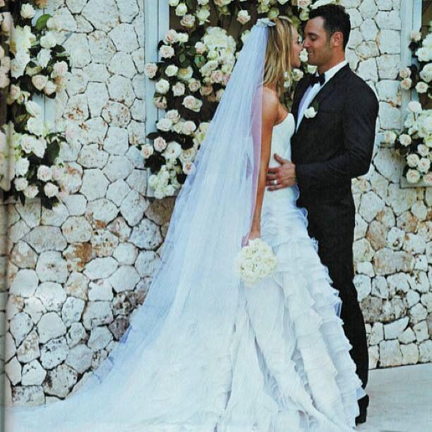 Jennifer Hawkins in Toni Maticevski | wedding | Pinterest | Jennifer ...