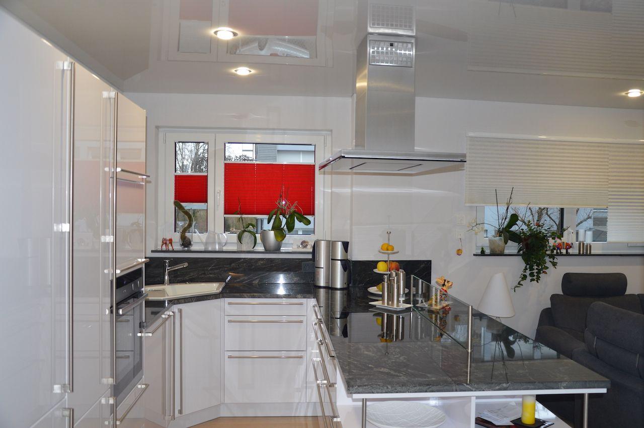 Spanndecken badezimmer ~ Lackspanndecke hochglanzdecke in der küche spanndecken
