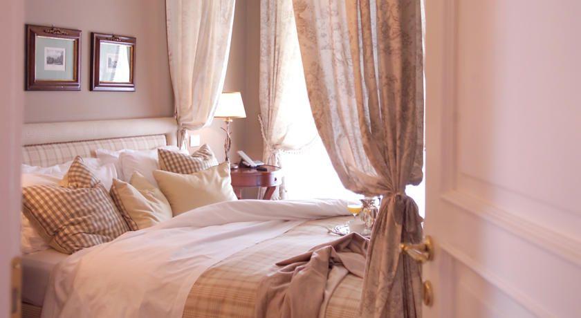 Corte Gondina Hotel , La Morra, Italy