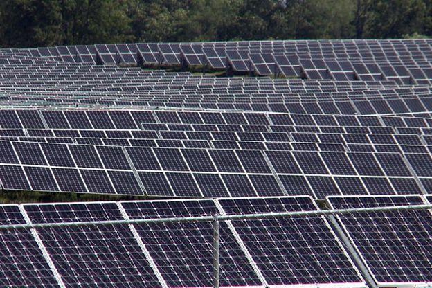 Crane Solar Panels Solar Farm Solar Solar Panels